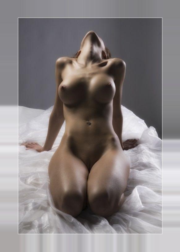 porno-drochit-muzhchina-vniz-golovoy